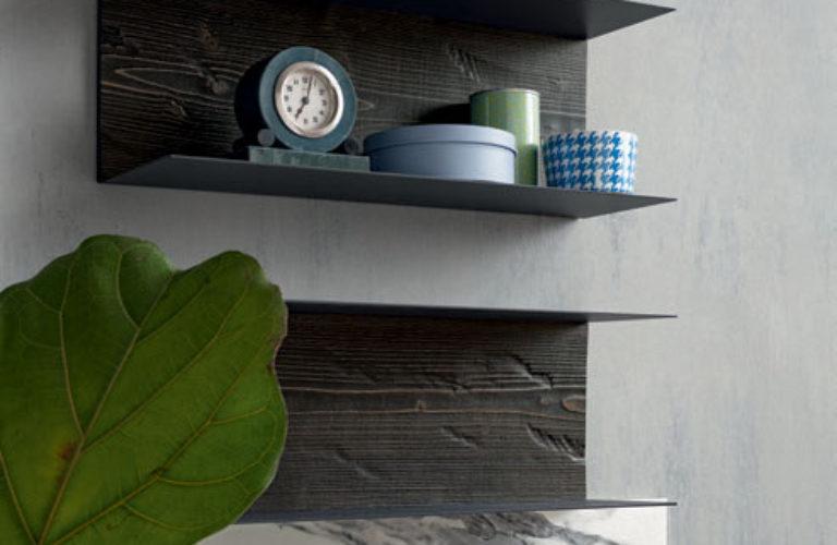 Mensole metallo con schienale legno Struttura in finitura Titanio - loetrà